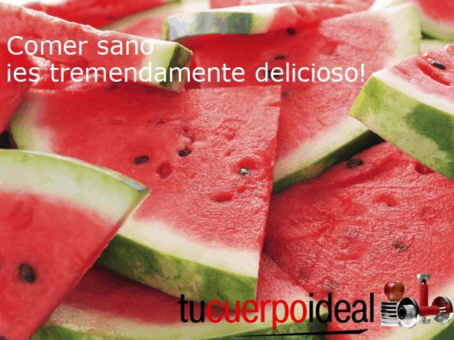 Para comer sano no tienes que hacer dieta sino hacer mejores elecciones de alimentos. La sandía es uno de esos alimentos saludables que contienen mucha nutrición y gusto.