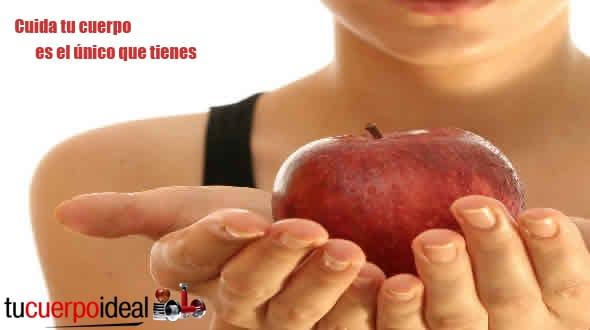 Para cuidar tu cuerpo tienes que comer sano. Comer tomate es un gran alimento con propiedades nutricionales, antioxidantes y vitaminas.