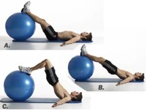 curl-femoral-en-pelota-fitness